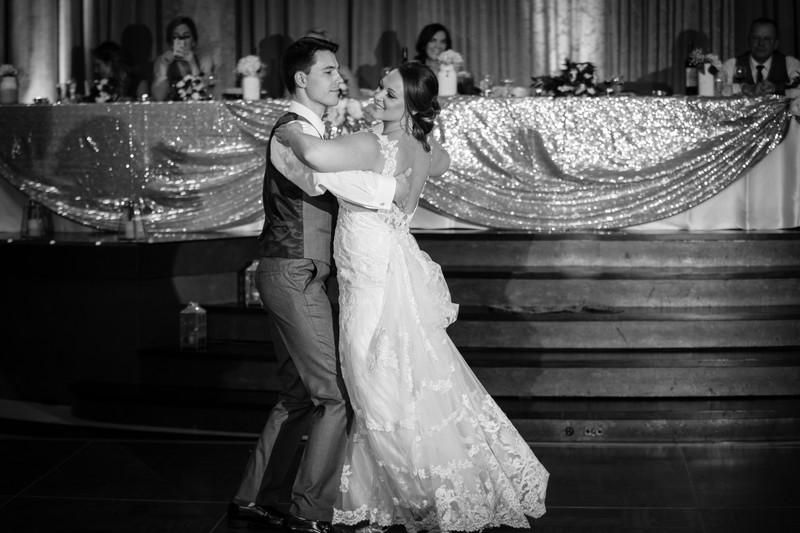 Oasis Centre Edmonton Wedding Photographer