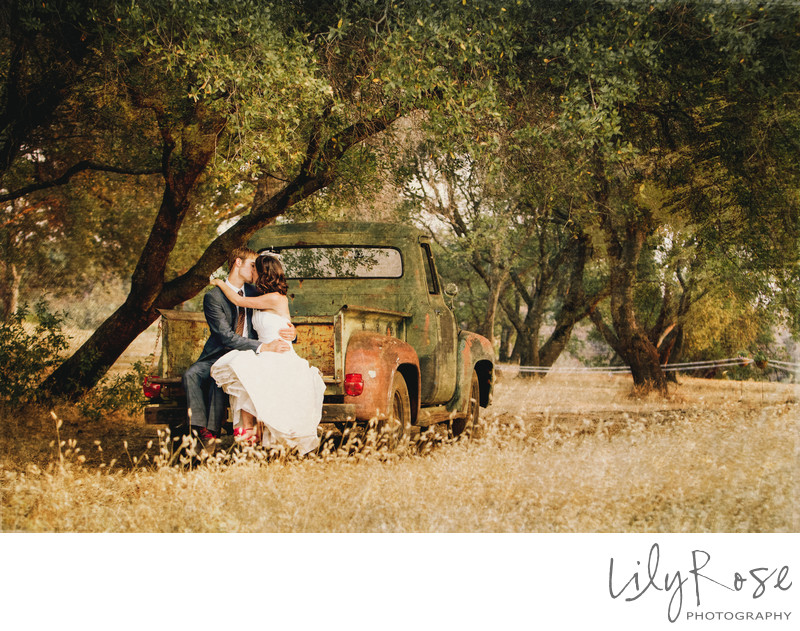 Rustic Wedding Photographer in Chico