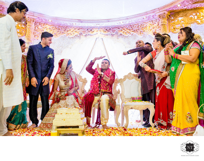 Candid moments in indian wedding