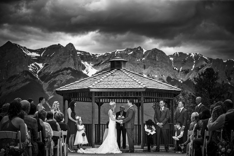 SilverTip Golf Course Resort Ceremony Wedding Photos