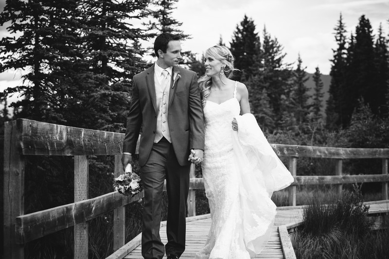 Canmore wedding photographers mountain photo