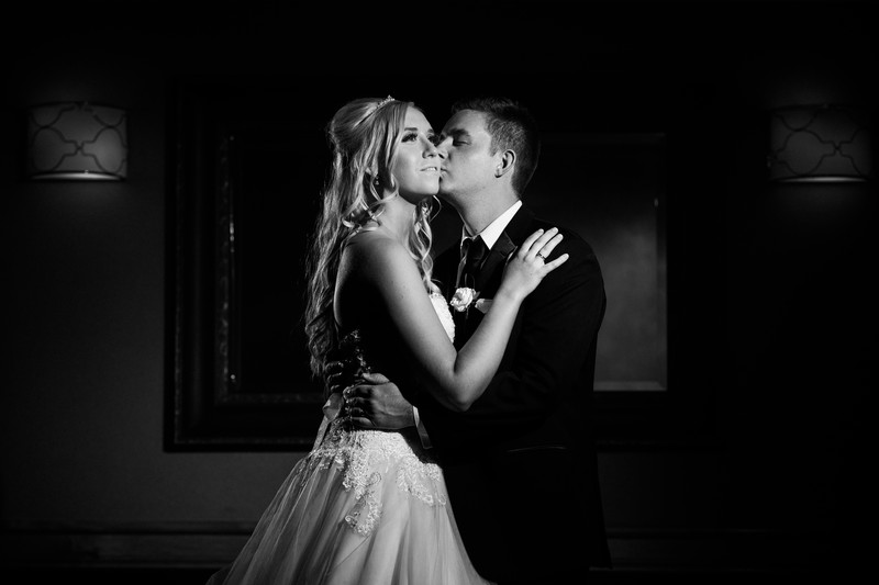 Calgary Wedding Photographers Romantic Evening Light