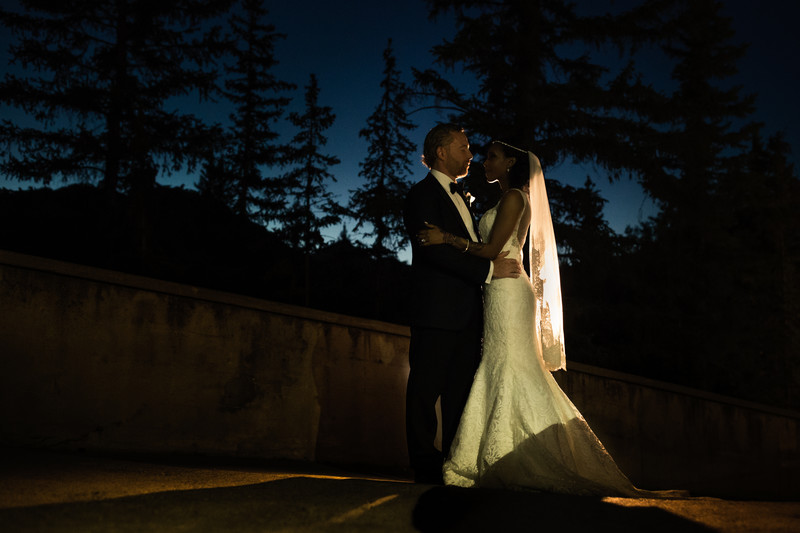 Evening Outdoor Photos Banff Springs Hotel Wedding