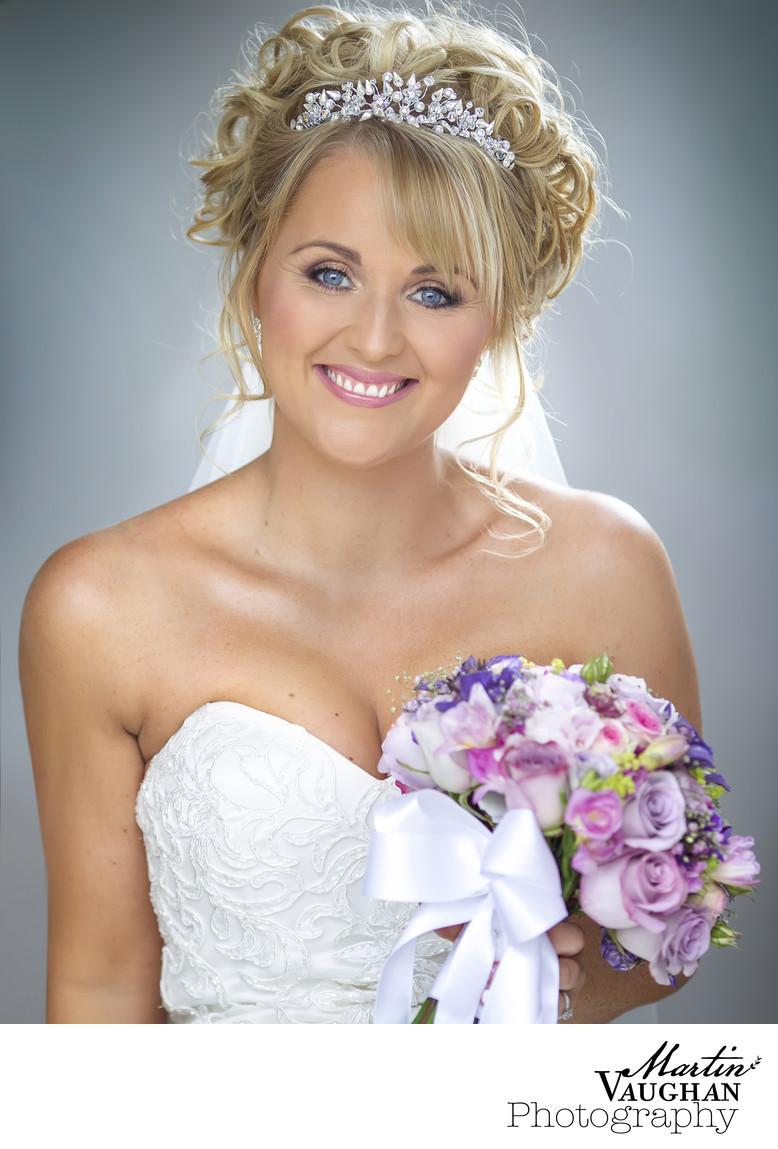 Tre Ysgawen Hall bride photographs by Martin Vaughan