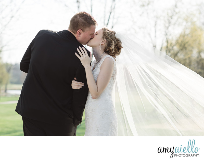 chicago high end wedding photographer wheaton arrowhead golf club wedding smoke lighting effects