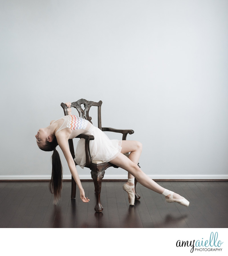 st charles il dance photographer chicago photographer family children teenagers ballerina pointe shoes
