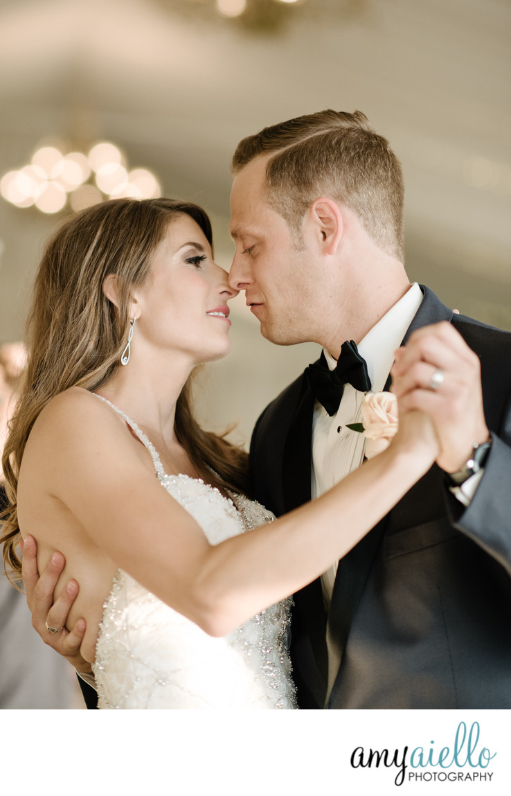 chicago high end wedding photographer editorial style photography monte bello estate luxury photography