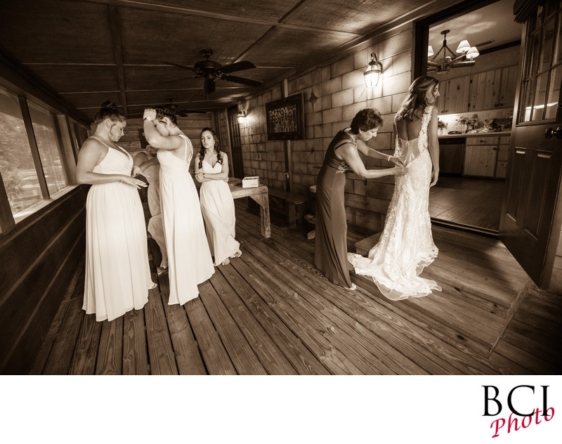 Who takes the best wedding pictures in Okeechobee