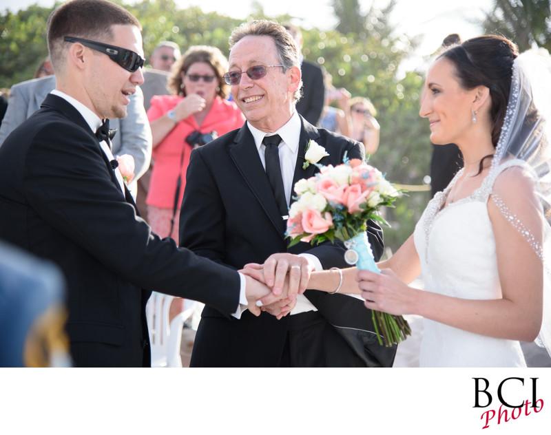 Vero Wedding photographers with style