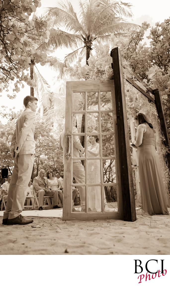 Wedding ceremonies with wood doors