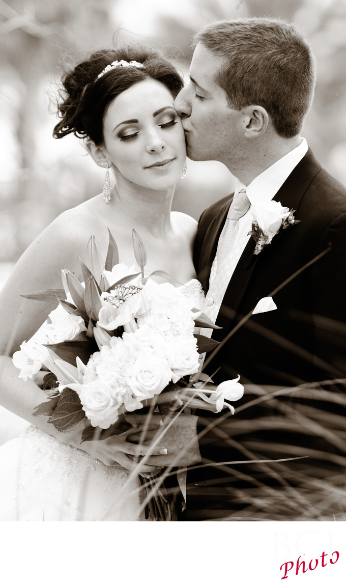 Romantic Wedding Images at Tradition Town Hall in PSL