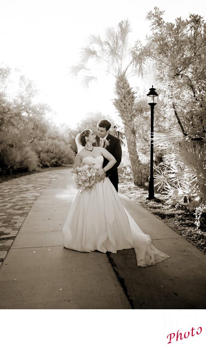 Best Wedding Images taken at Indian Riverside Park.