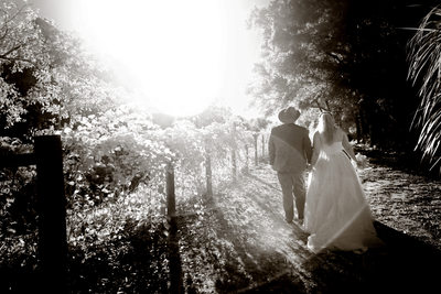 Vero Beach wedding photographers that do great b&w