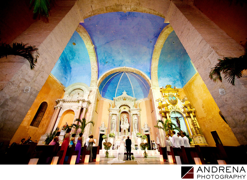 Cartagena Destination Wedding Photographers Santo Domingo Church