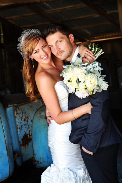 Dana-Powers-House-Vintage-Barn-Wedding Photographer