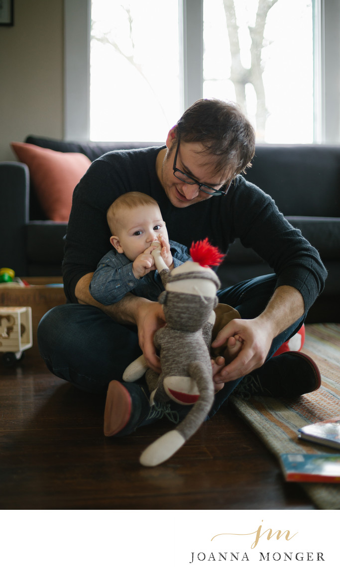 Snohomish WA Family Photographer in home photography
