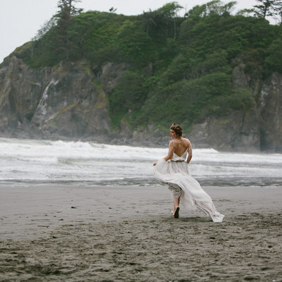 Seattle Wedding Photographer at OlyPen at Ruby Beach