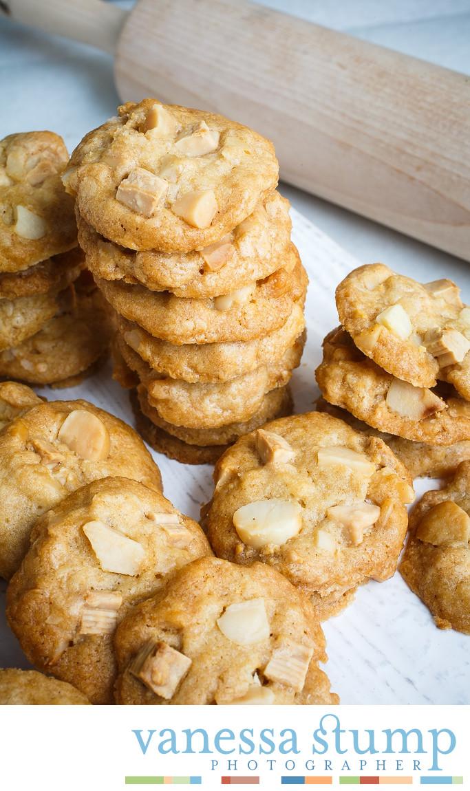 White Macadamia Gourmet Cookies