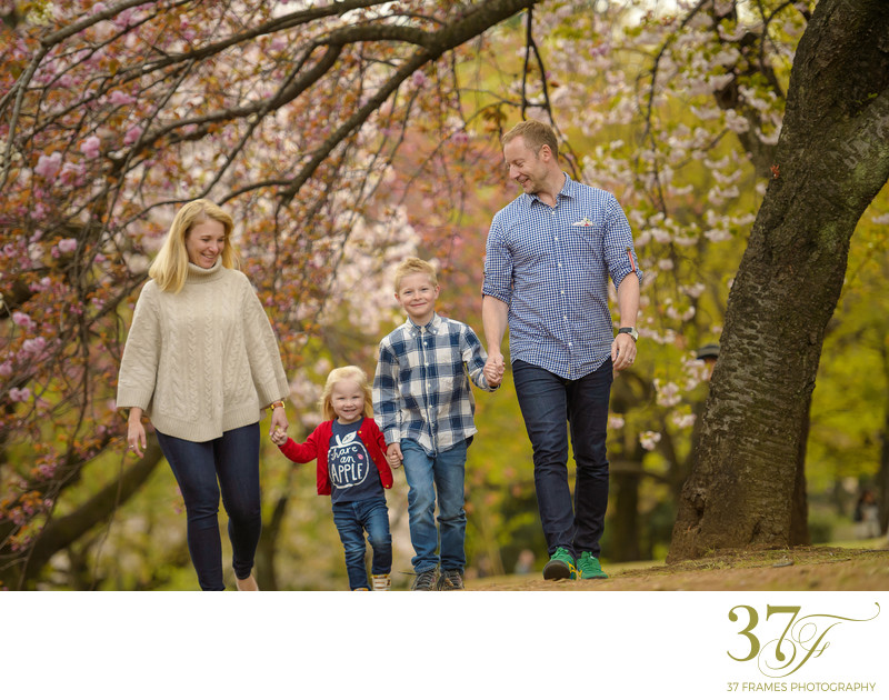 Modern spring family photography Brisbane