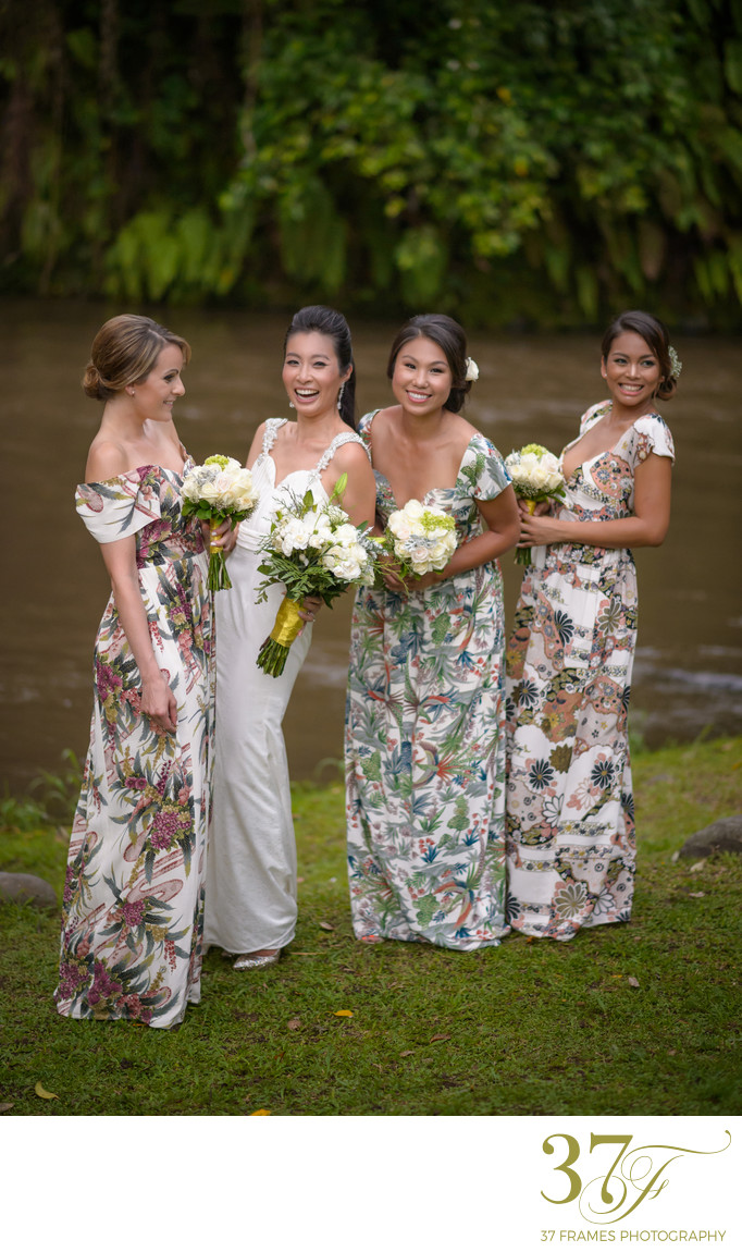 Bridesmaids at Garden Wedding Brisbane