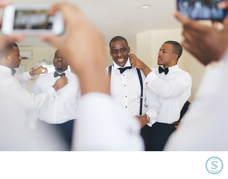 Groomsman Wedding Help