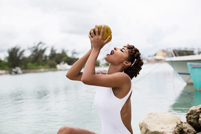 Bahamas Coconut Model Drink