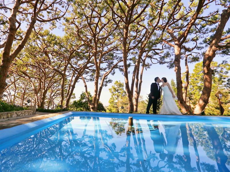Wayfarers Chapel Wedding Waterfountain Reflection