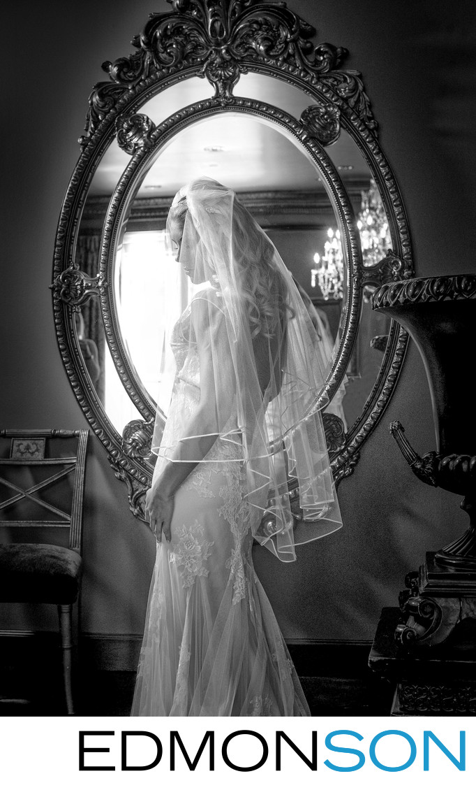 Last Czar Suite Mirror Frames Bride At Hotel ZaZa
