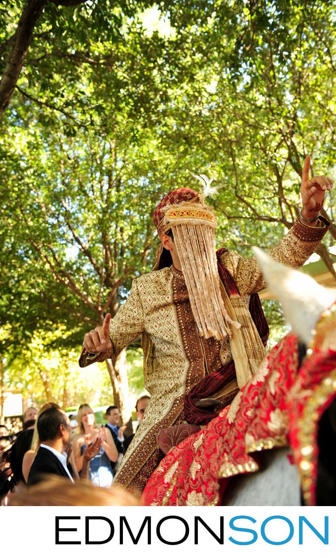 Four Seasons Dallas Indian Wedding Baraat