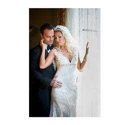 portrait session inside hotel zaza wedding suite