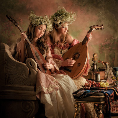 Women With Lutes: Creative DFW Portrait Photography