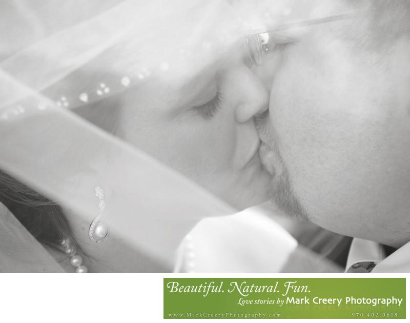 Wedding photographer for Boettcher Mansion in Golden