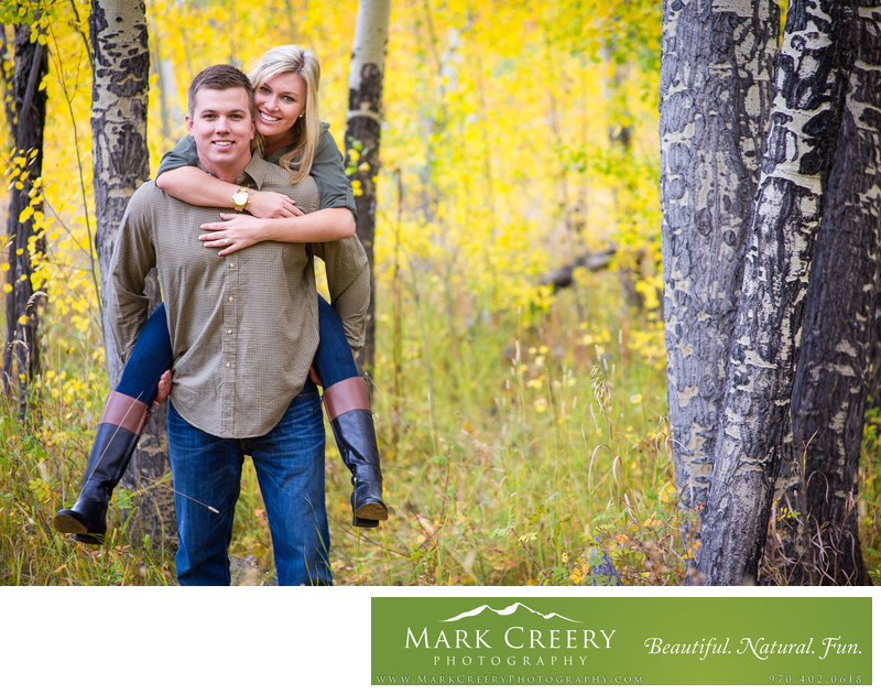 Fall aspen leaves for Estes Park engagement photography