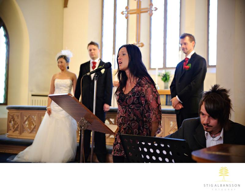 Sång till gitarrkomp bröllop S:t Birgittas kapell Gbg