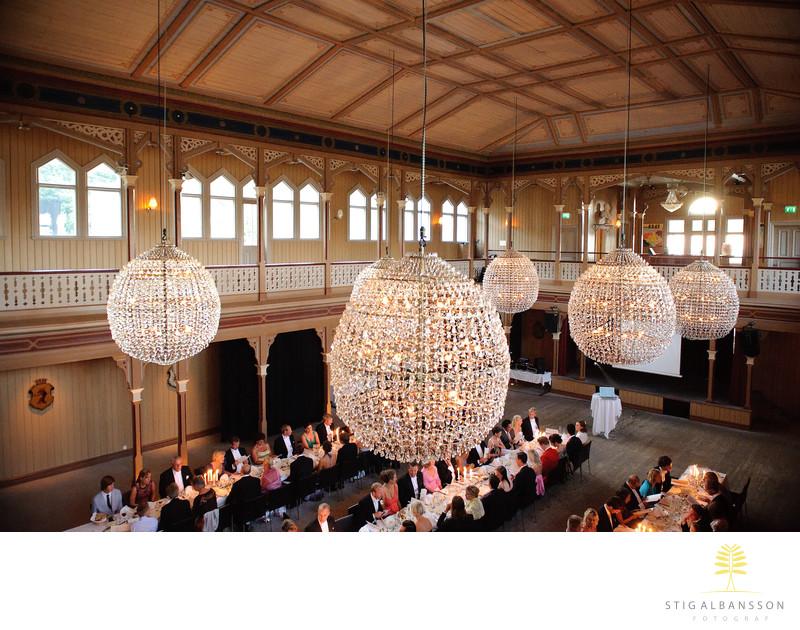 Bröllop & kristallkronor i Societetshuset på Marstrand