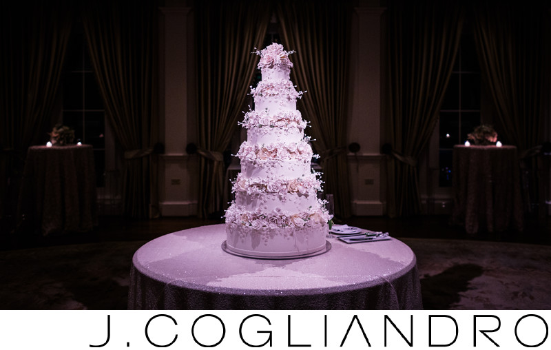 Wedding Cake at River Oaks Country Club in Houston