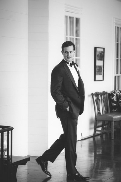 Groom Steps Out at Bayou Club Houston