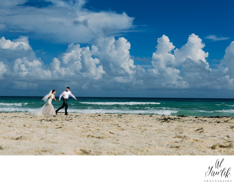 Beach Wedding in Cancun Mexico