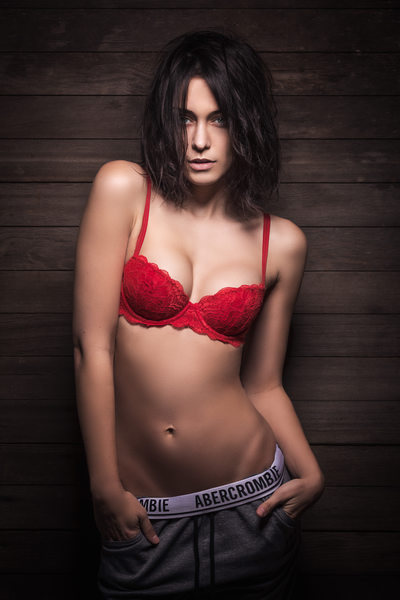 Abercrombie in red bra