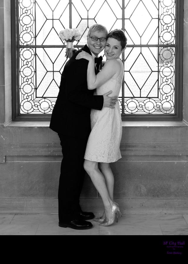 fun wedding photographers at city hall