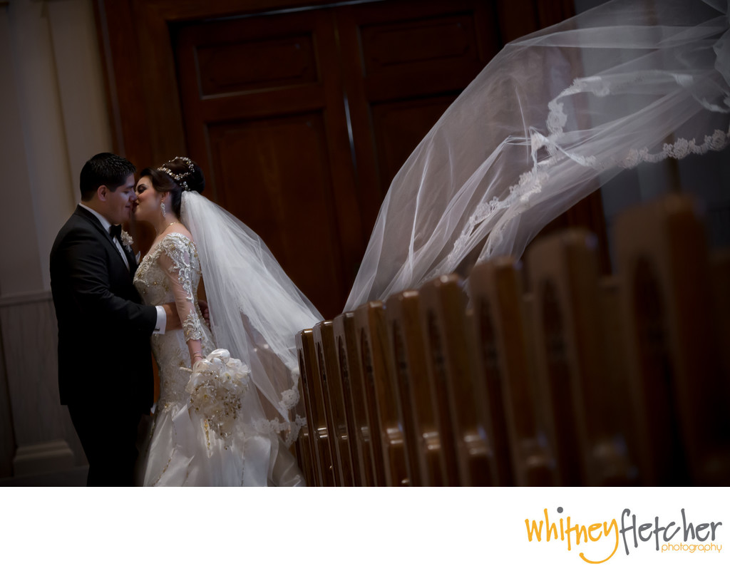 Cathedral Of The Incarnation Wedding Photographer