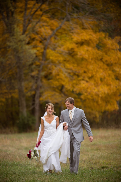 Weddings at Cactus Creek Barn