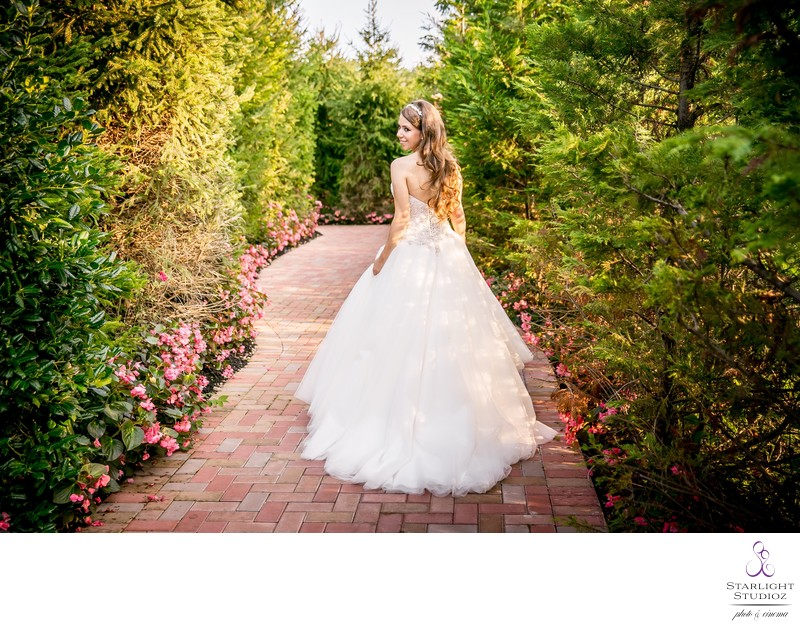 Crest Hollow Country Club Wedding Photos