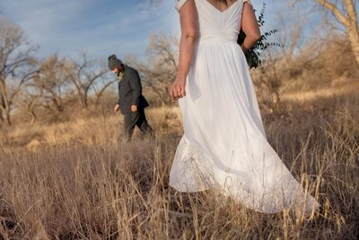 End of winter wedding in the bosque