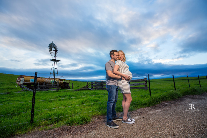 Windmill Maternity session Tracy California