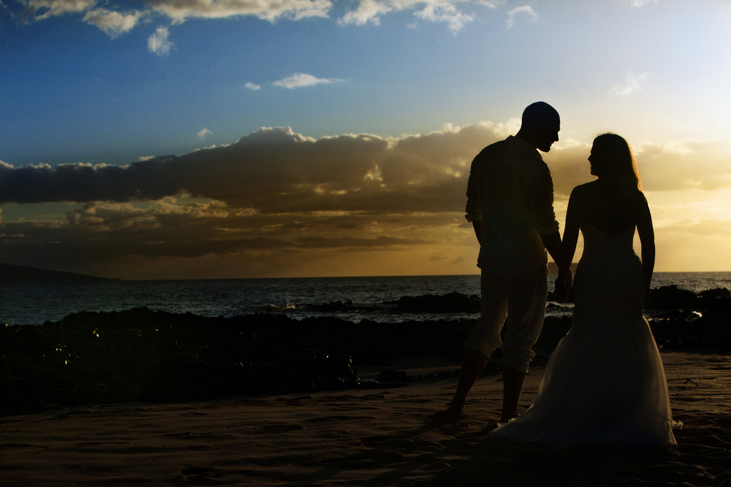 Secret Beach Maui Hawaii Sunset wedding silhouette