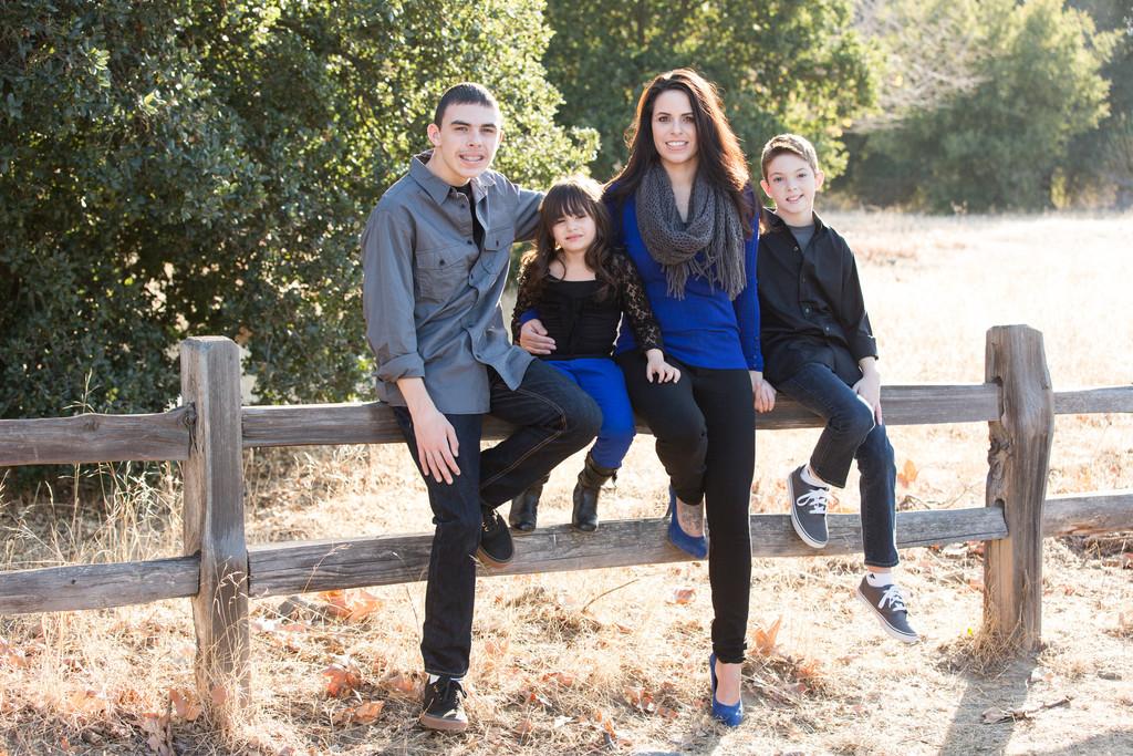 Livermore Photographer Family Portraits Sycamore Grove