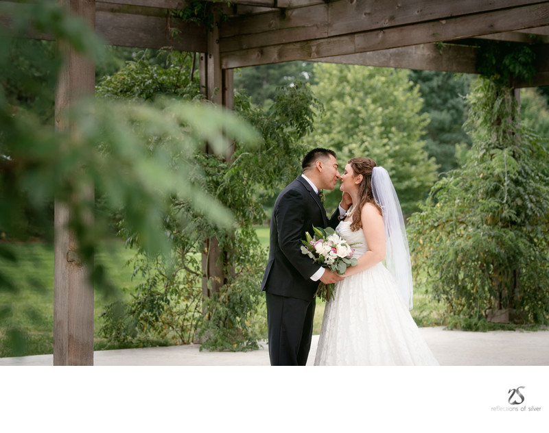 Outdoor Ft Wayne Wedding Photography - Bakers Street