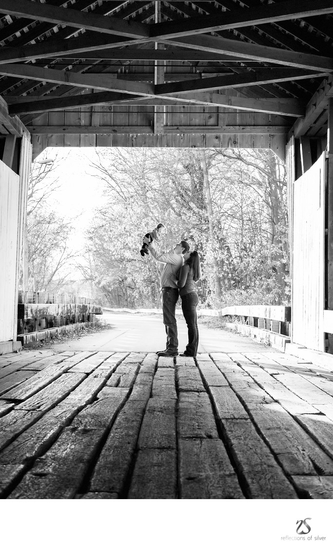 Spencerville Covered Bridge Indiana Family Photographer