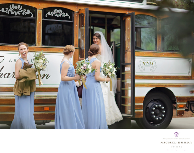 Bride & bridemaids Absolutely Charleston bus